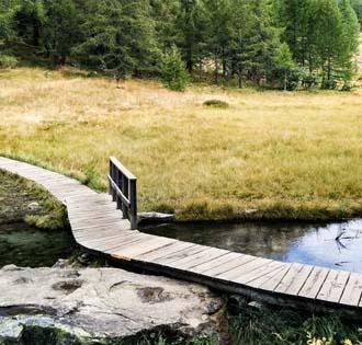 Lago delle Streghe o Lago Azzurro